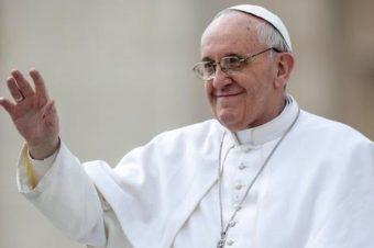 7 gestów Franciszka ważnych w relacjach